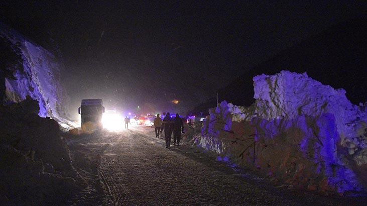 Sağlık Bakanı Koca: Zigana Dağı Tüneli'ndeki çığ hadisesinde yaralımız yok