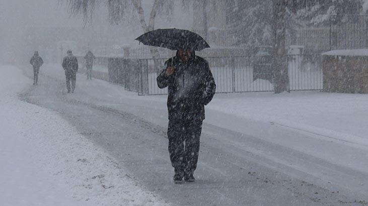 Sivas'ta yoğun kar yağışı