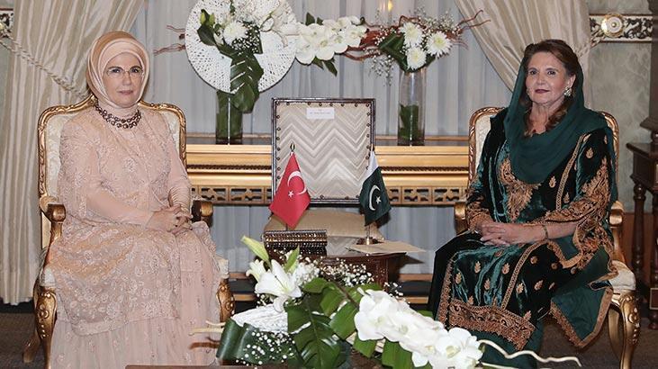 Emine Erdoğan'dan ev sahipliği için Samina Alvi'ye teşekkür