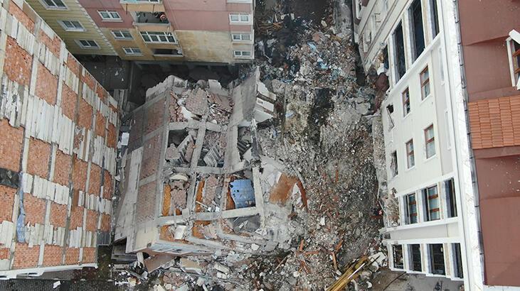 Bahçelievler'de binanın çökme anı kamerada