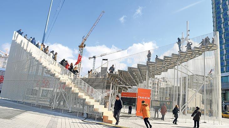 Taksim Geçici Sergi Platformu'nda sanat