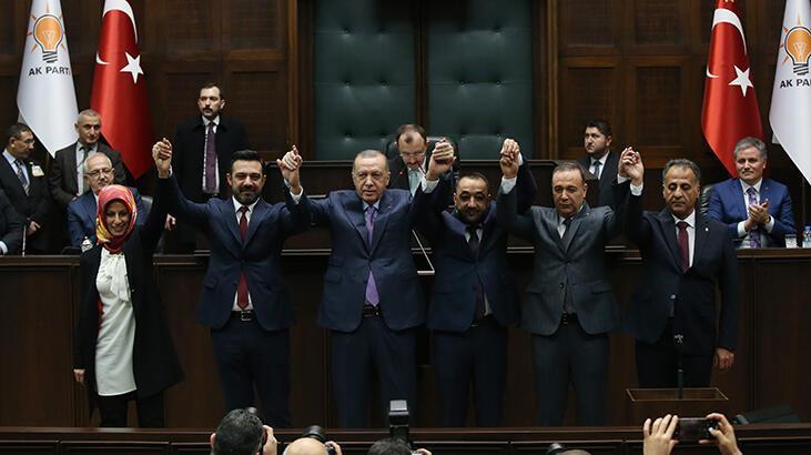 Son dakika! 5 Belediye Başkanı AK Parti'ye geçti!