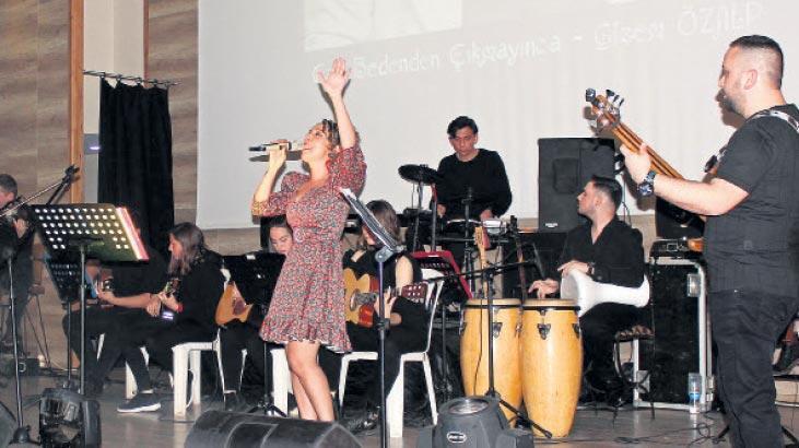 Manço, şarkılarıyla bir kez daha anıldı