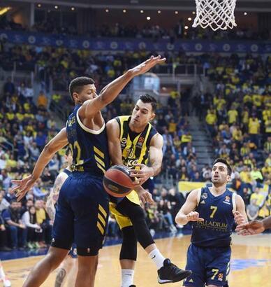 Fenerbahçe'de Sloukas kanlar içinde kaldı!