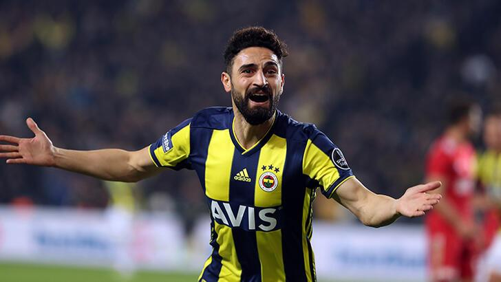 Mehmet Ekici: Fenerbahçe'ye bir borcum var ve bu borcu Galatasaray'a karşı ödemek istiyorum