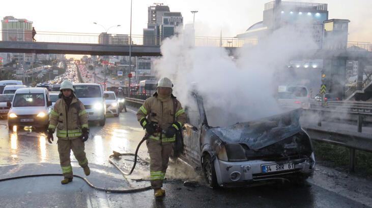 E-5'te araç alev alev yandı! Trafik yoğunluğu oluştu