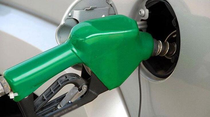 Dün zam gelmişti! Bugün benzinin litre fiyatına 10 kuruş indirim yapıldı