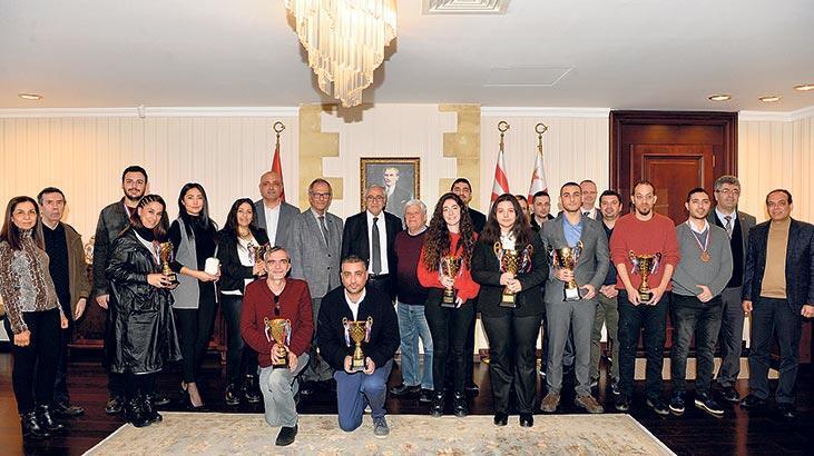 Satranç Şampiyonası'nda  ödüller dağıtıldı
