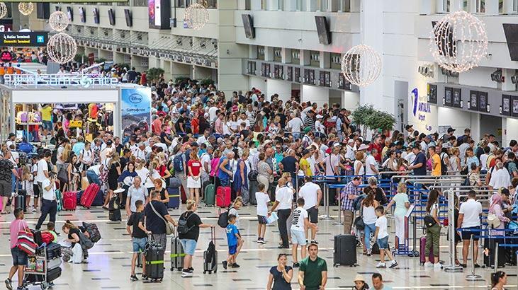 Tüm zamanların rekoru kırılmıştı...  Hedef 18 milyon turist