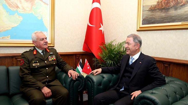 Bakan Akar, Ürdün Genelkurmay Başkanı Al-Hnaity ile görüştü