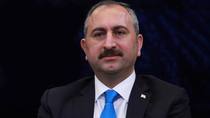 Adalet Bakanı Gül, Yunanistan'da seçilmiş müftüye verilen hapis cezasını kınadı