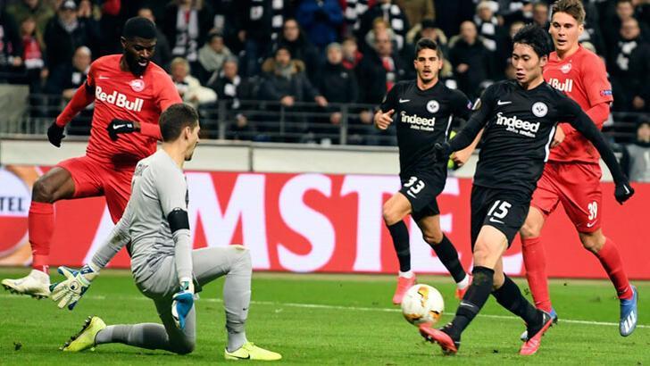 UEFA Avrupa Ligi'nde kötü hava koşulları nedeniyle bir maç ertelendi