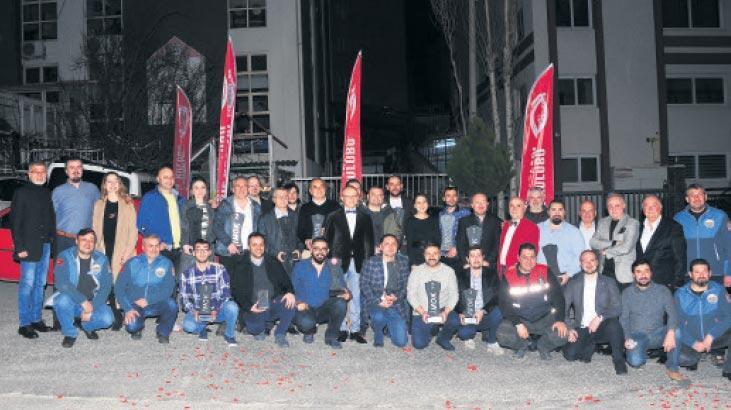 İzmir otomobil Sporları Derneği  görkemli gecede buluştu