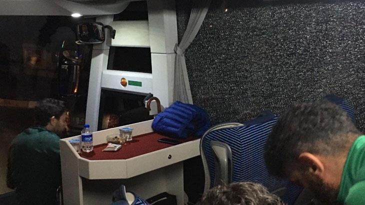 Alanyaspor otobüsüne saldırı! İki yaralı...