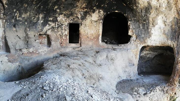 Diyarbakır'da teröristlerin işkence için kullandıkları mağara imha edildi