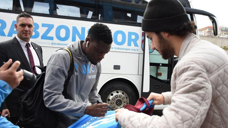 Trabzonspor kafilesi Gaziantep'e gitti