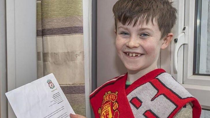 10 yaşındaki taraftarın isteği gerçekleşti! Liverpool...