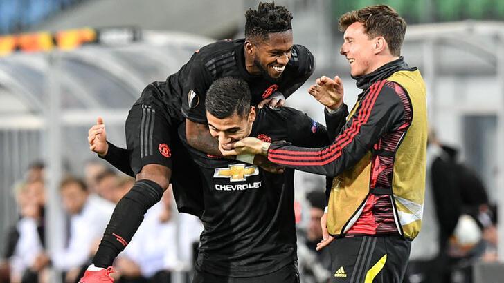 Manchester United gol olup yağdı! Gecenin sonuçları...