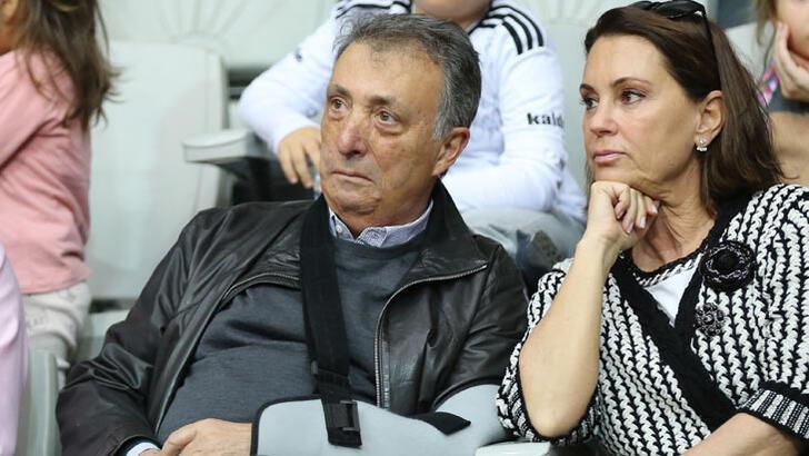 Beşiktaş'ta kampanya ve transfere virüs darbesi!