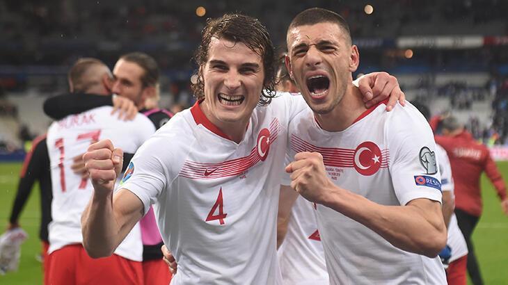 Merih Demiral'dan 'EURO 2021' paylaşımı