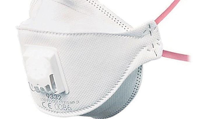 Bebeğinizi maske ile emzirebilirsiniz
