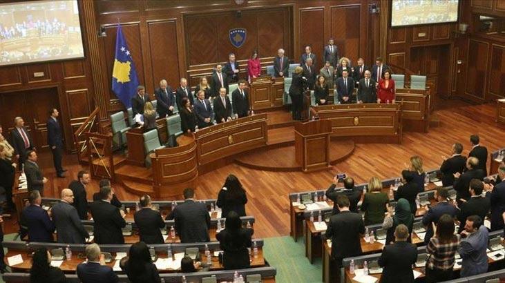 Son dakika | Kosova'da koalisyon hükümeti düştü! Sadece 2 ay sürdü...