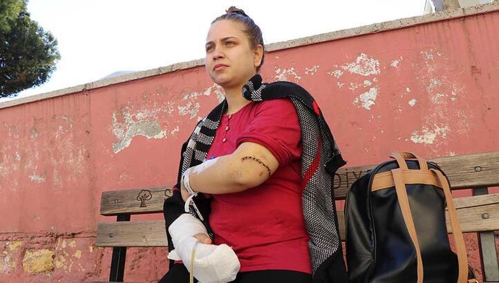 Sağlık memuru kadın, kayınpederi tarafından bıçaklandı