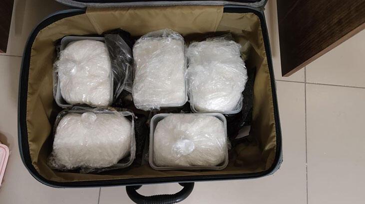 Van'da operasyon! Tam 5 kilo 972 gram metamfetamin