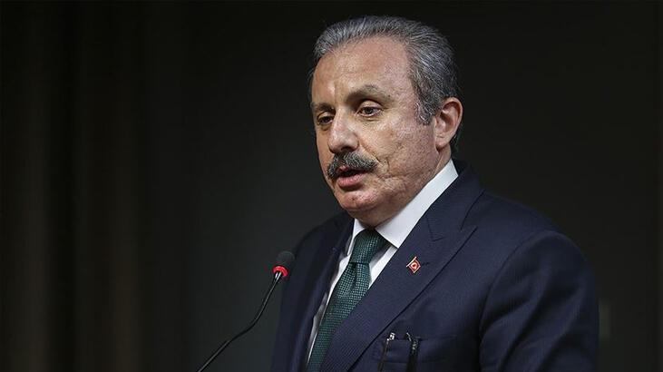 TBMM Başkanı Şentop 'Evde kal Türkiye' çağrısına uyanlara kitap seti hediye etti