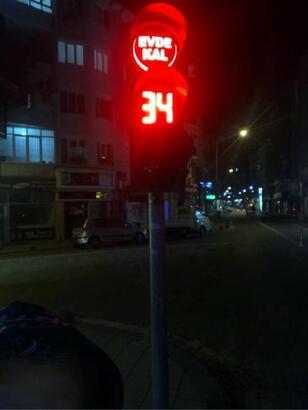 Kırklareli'de trafik ışıklarıyla, 'Evde kal' çağrısı