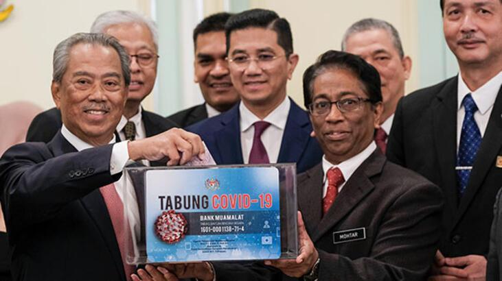 Malezya Başbakanı ve bakanlar, maaşlarını Kovid-19 ile mücadele için bağışladı