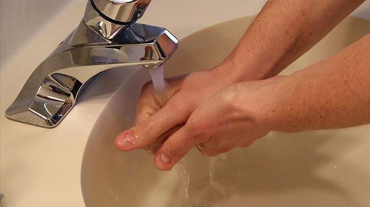 Evde kalanlar dikkat! Duş sürenizi 1 dakika azaltırsanız...