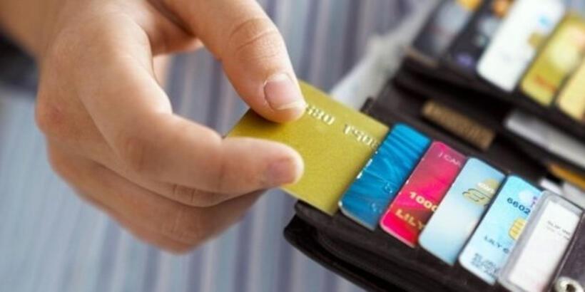Kredi kartı borçları ertelendi mi? Kredi kartı borçları erteleyen bankalar hangileri?