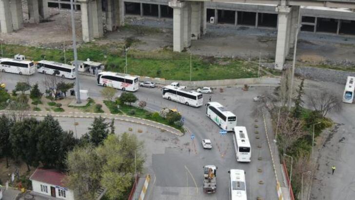 Otobüsler peş peşe yola çıktı!