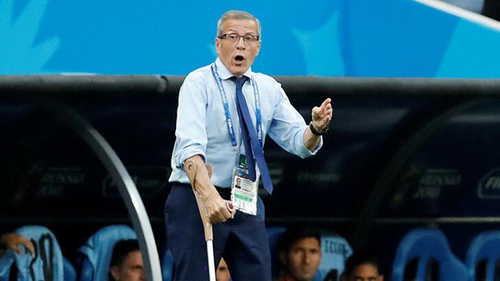 Oscar Tabarez'in iş sözleşmesi askıya alındı!