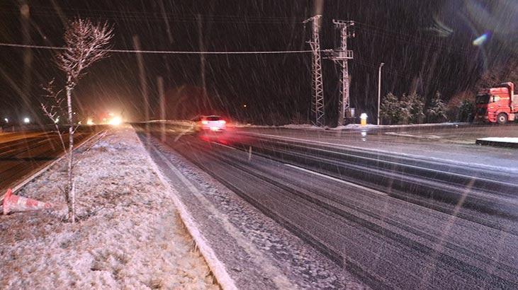 İstanbul'a yakın! Kar yağışı başladı