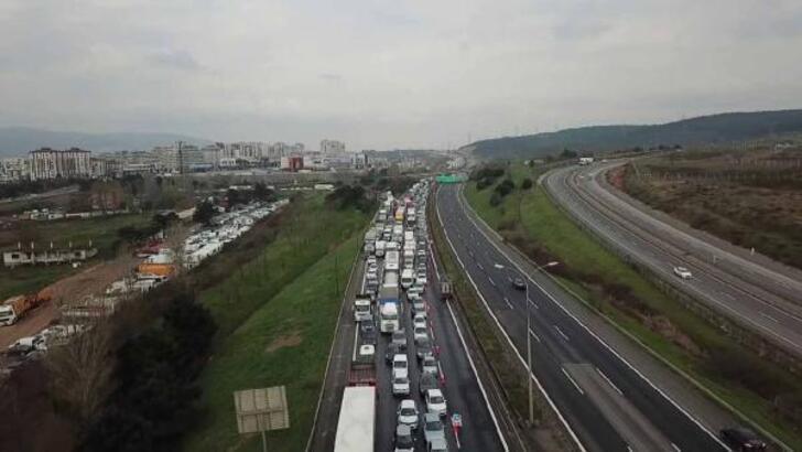 Son dakika haberi: Bu görüntüler İstanbul'dan... Kilometrelerce corona kuyruğu!