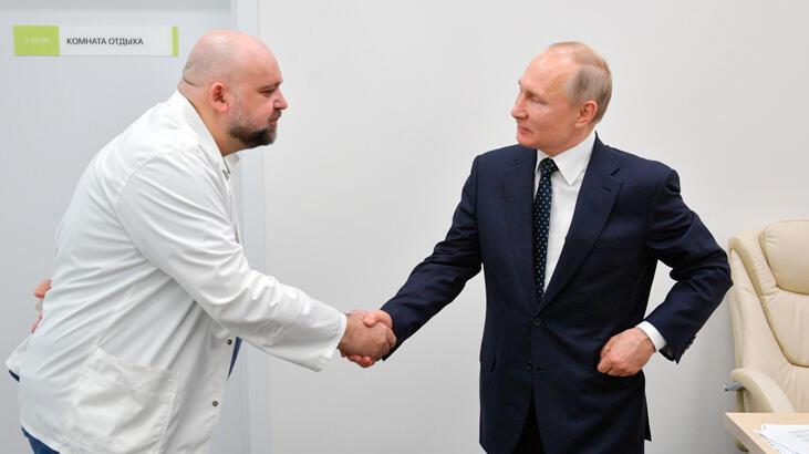 Son dakika... Putin'e hastane gezdiren doktor corona virüs çıktı!
