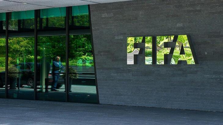 FIFA'dan kulüplere dev destek! Tam 2.7 milyar...