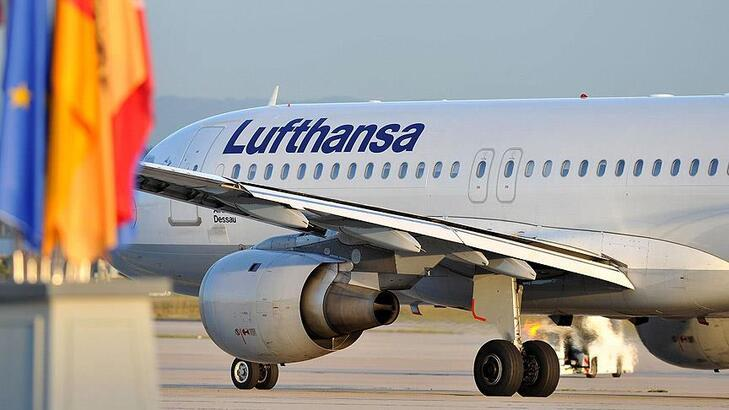 Lufthansa, çalışanlarının yaklaşık üçte ikisini kısa süreli çalıştıracak