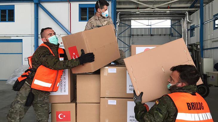 Türkiye'nin gönderdiği sağlık malzemeleri İspanya'ya ulaştı