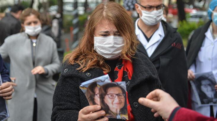 Son dakika haber: Gözyaşları sel oldu! Corona virüsten hayatını kaybeden Prof. Dr. Feriha Öz için saygı duruşu