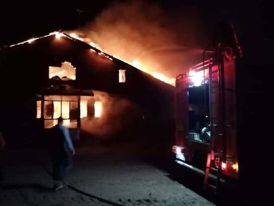 Nevşehir'de ahşap ev yangında kullanılmaz hale geldi
