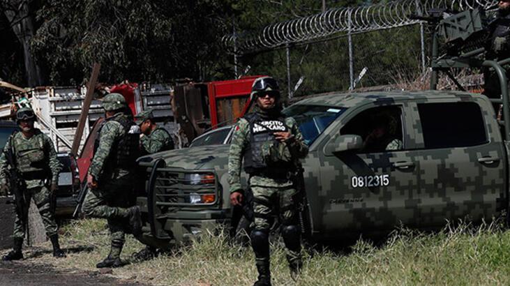 Meksika'da uyuşturucu çeteleri arasında çıkan çatışmada 19 kişi öldü