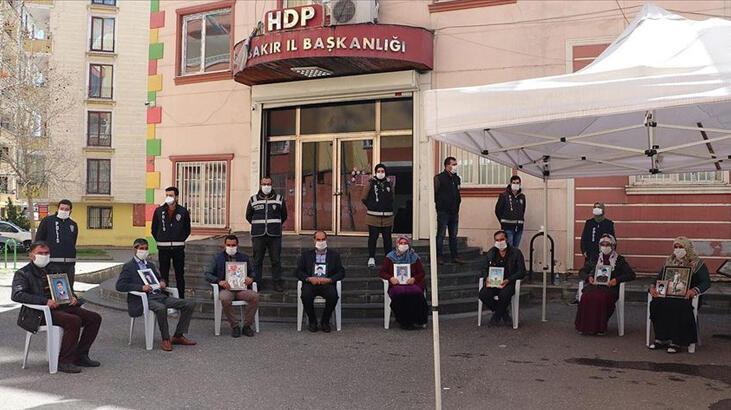 Terör örgütü PKK'dan Diyarbakır Annelerine karşı 'aile köleliğin sembolü' propagandası