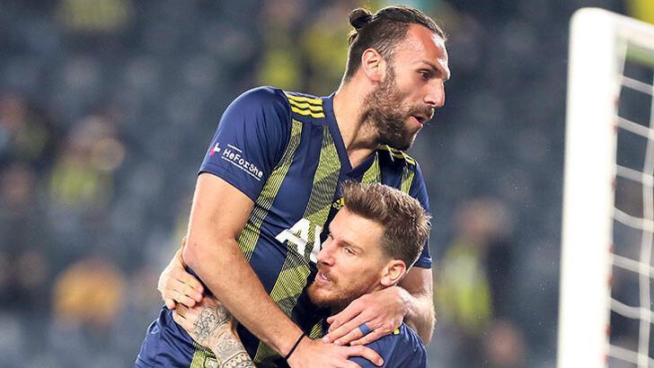 Fenerbahçe'ye 3 transfer yeter! Muriç ise...