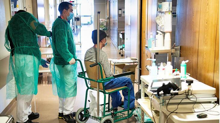 İspanya'da corona virüs salgınında ölü ve vaka sayılarında düşüş sürüyor