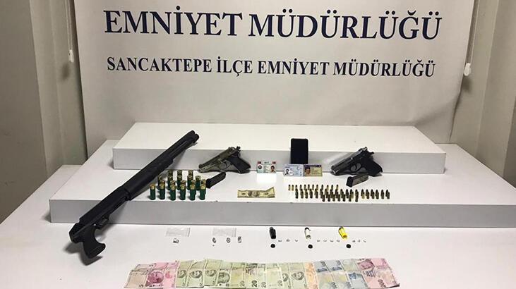 Sancaktepe'de sahte MİT kimliğiyle uyuşturucu sattığı iddia edilen şüpheli tutuklandı