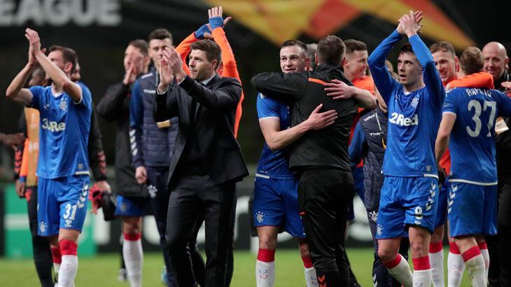 Rangers'ta Gerrard ve oyuncuların maaşı 3 ay ertelendi