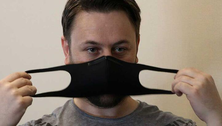 'Siyah maskeler polenden korur'